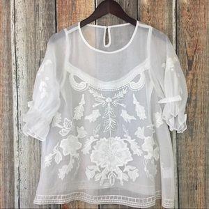 White blouse Gorgeous!!! Large